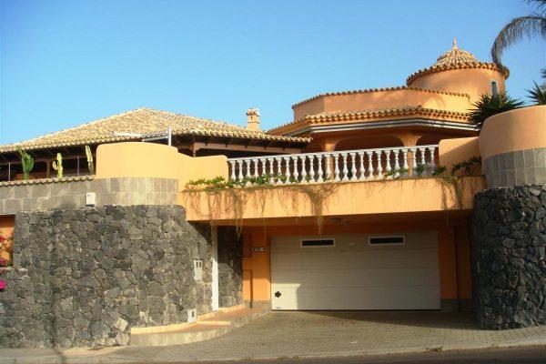 Villa in Golf Costa Adeje  Alcojora RT6-9